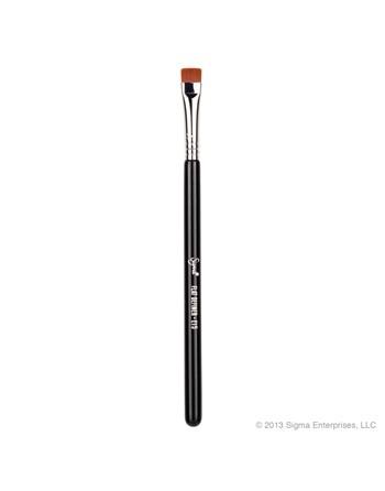 Pinceau de maquillage E15...